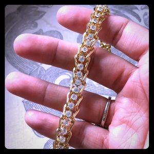 Jewelry - Bracelet w/ faux diamonds 💎BOGO JEWELRY 💎